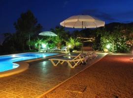 Villa Ladera Rosa, Aigues