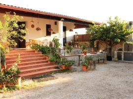 Villa Selvaggia, Villaggio Resta