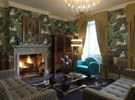 The Hollies at Carrington House, Snettisham