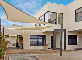 Atlantic West Beach Apartments, Adelaide