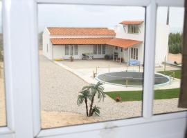 Almagreira Beach Surf Hostel, Baleal