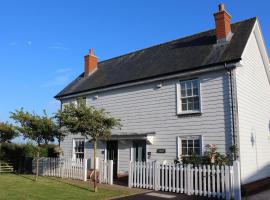 Saltmarsh Cottage, Camber