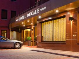 호텔 두칼레, 파바로 베네토