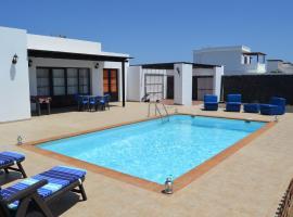 Villa Milagrosa, Playa Blanca