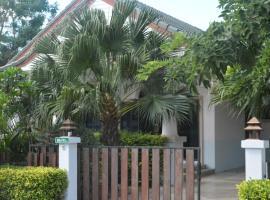 3 BR Pool Villa Gated Village, Na Jomtien
