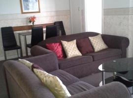 Hobart Apartments, Moonah