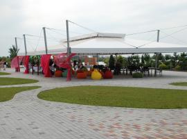 Ostrov River Club, Novosëlovka
