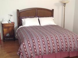 Modern Bungalow Bed and Breakfast, Belleville