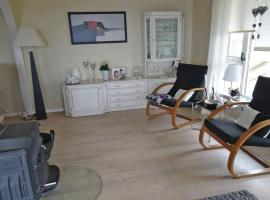 Four-Bedroom Holiday home Tau with Sea View 07, Bjørheimsbygda