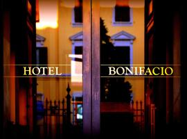 Hotel Bonifacio