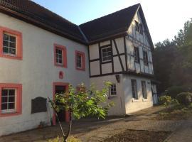 Elcke von Kronenburg, Kronenburg