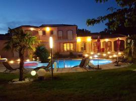 Villa De Cabrieres, Lambesc