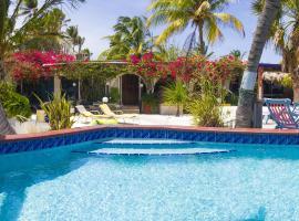 Beach House Aruba Apartments, Palm Beach