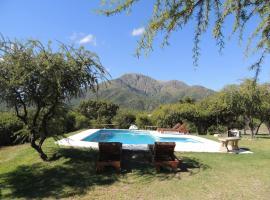 Hosteria Amaneseres, Capilla del Monte