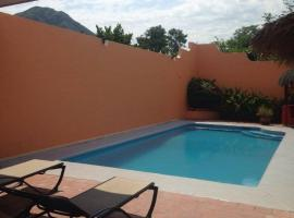 Casa Pelon, Miramar