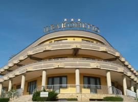 Hotel Il Baronetto, Tarsia
