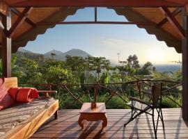 Sang Giri - Mountain Tent Resort, Jatiluwih