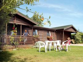 Wayside Lodges, Lacock