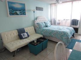 Direct Ocean Front Studio, Daytona Beach Shores