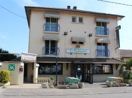 Hôtel les Acacias de Ratabizet
