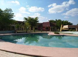 Hotel Debliz Xpujil, Chicanna