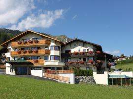 Hotel Klockerhof, 레르모스