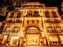 Apricot Hotel