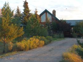 Mount Peale Cabins by Canyonlands Lodging, La Sal