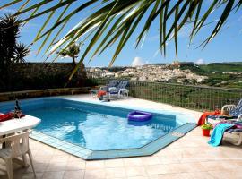 Bella Vista Farmhouses, Xagħra