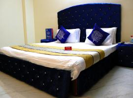 OYO Apartments Saket Extension, New Delhi