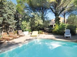 Holiday home Chemin de Planas, Rochefort-du-Gard