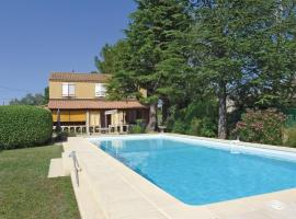 Holiday home Le Val St Pere L-765, Rochefort-du-Gard