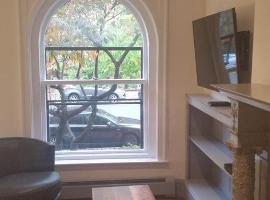 Back Bay Studio Apartment, Boston