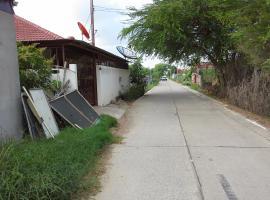 House Klongtanon, Ban Bang Muang