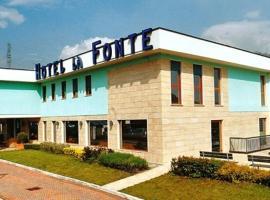 La Fonte Hotel, Ome