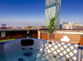 Deansgate Rooftop Hot Tub, Manchester