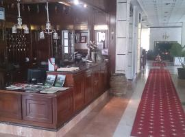 Hotel Villa Tasko, Dráma