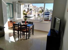 Large Apartments - Waterside, Empuriabrava