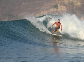 Surf Garden Lombok, Bumbang