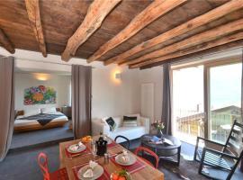 One-Bedroom Apartment in Fraz. Tre Terre, Pianello Del Lario