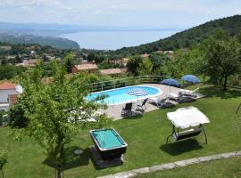 Villa Cindy, Rukavac