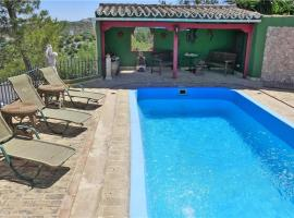 Three-Bedroom Holiday home in Osuna, Navarredonda