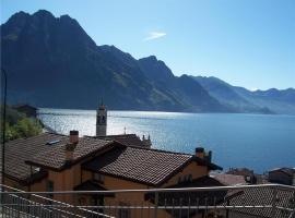 Lägenhet med två sovrum på Via Papa Giovanni XXIII, Riva di Solto