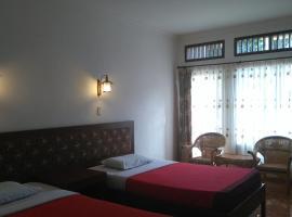 Carolina Hotel, Tuk Tuk
