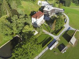 Lambergh Chateau & Hotel, Begunje na Gorenjskem