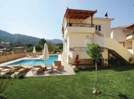 Holiday Home Korfos; Korinthos with a Fireplace 02, Kórfos