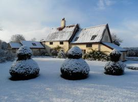 Holly Tree House Bed & Breakfast, Wingfield