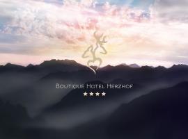 Boutique Hotel Herzhof, Riezlern
