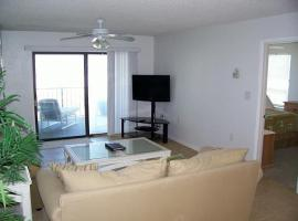 IS12 Saint Augustine Apartment