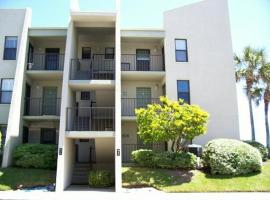 IS12 Saint Augustine Apartment